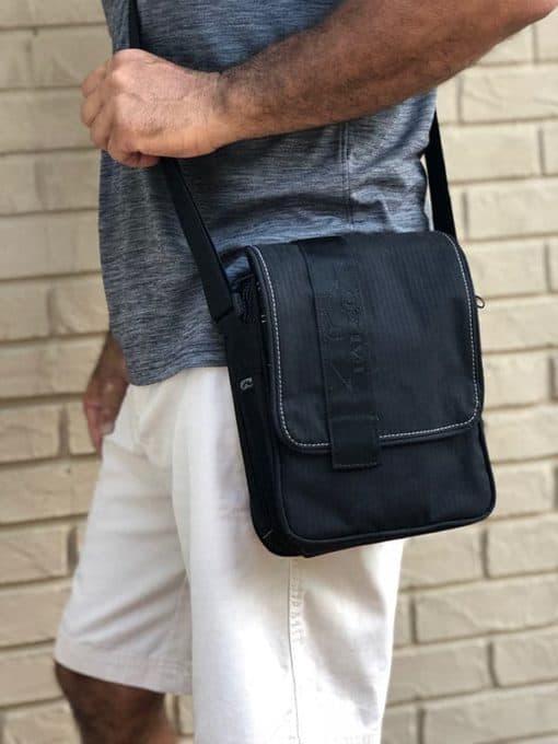 shoulder bag for concealed gun carry